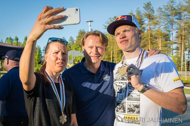 Mitalijuhlat Einarin Puistossa