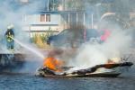 Tulipalo Kuopion satamassa valokuvaaja Petri JauhiainenTulipalo Kuopion satamassa valokuvaaja Petri Jauhiainen